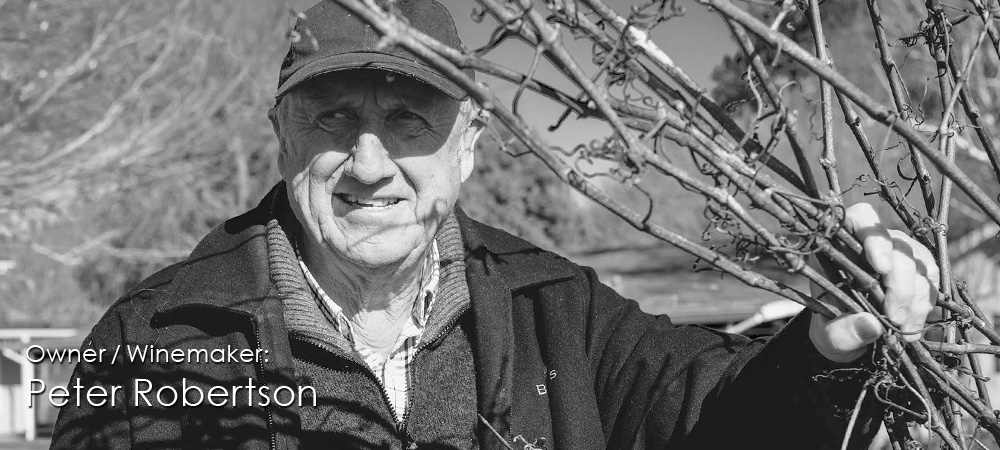 Peter-Robertson-Winemaker-Image-02